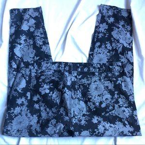 torrid Jeans - Torrid Sz 20 Black gray floral print jeans